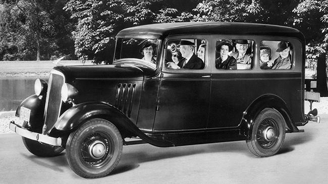 Chevrolet Suburban: así era el primer SUV de la historia