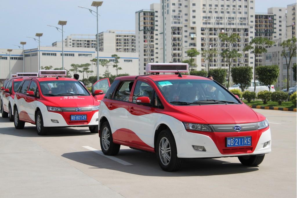 byd e6 electric taxi in service in shenzhen china100348441l