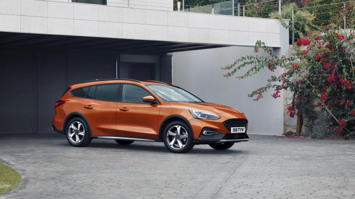 Familiar compacto: ¿Toyota Corolla Touring Sports o Ford Focus Sportbreak?