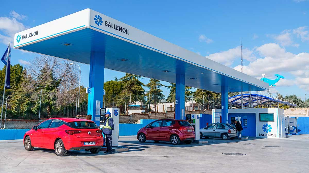 Ballenoil sube el listón con una nueva gama de carburantes