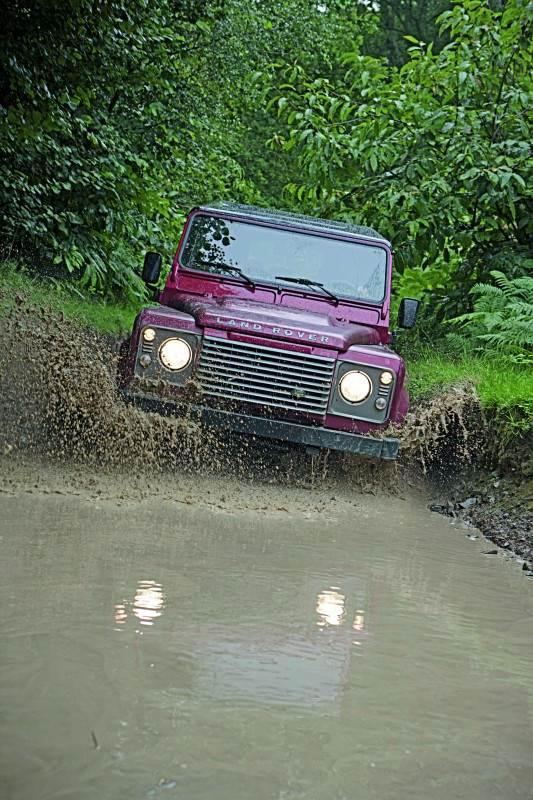¿Land Rover Defender o pick up?