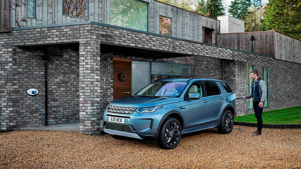 Los nuevos Range Rover Evoque y Discovery Sport PHEV ya a la venta en España