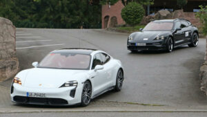 Fotos espía del Porsche Taycan Cross Turismo 2020