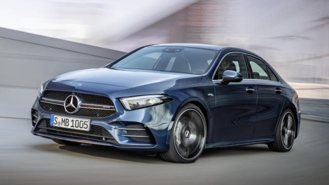 Mercedes-AMG A 35 4MATIC Sedán: elegancia y deportividad