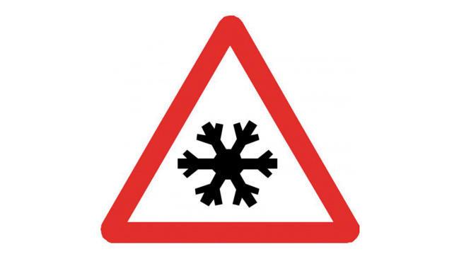 Fotos: señales de tráfico peligrosas en invierno
