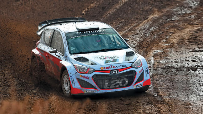 Dani Sordo prueba su Hyundai i20 WRC