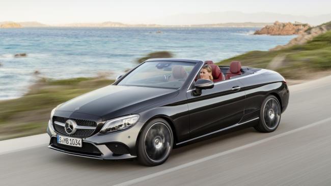 Mercedes-Benz dejará de fabricar coches con caja de cambios manual