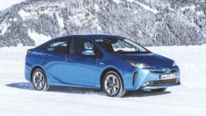 Fotos del Toyota Prius AWD-i