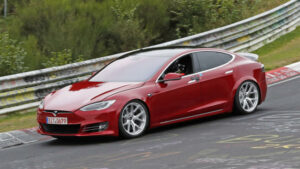 Fotos espía: Tesla Model S 100D + en Nürburgring