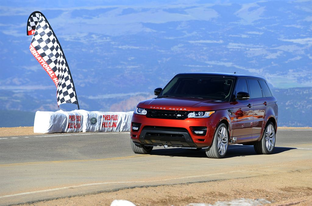 Range Rover Sport: El `Correcaminos´ de producción en la Pikes Peak