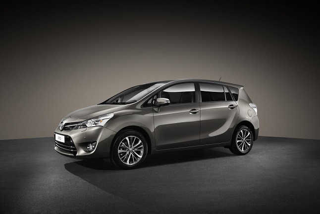 Toyota Verso 2016, renovado por dentro y por fuera