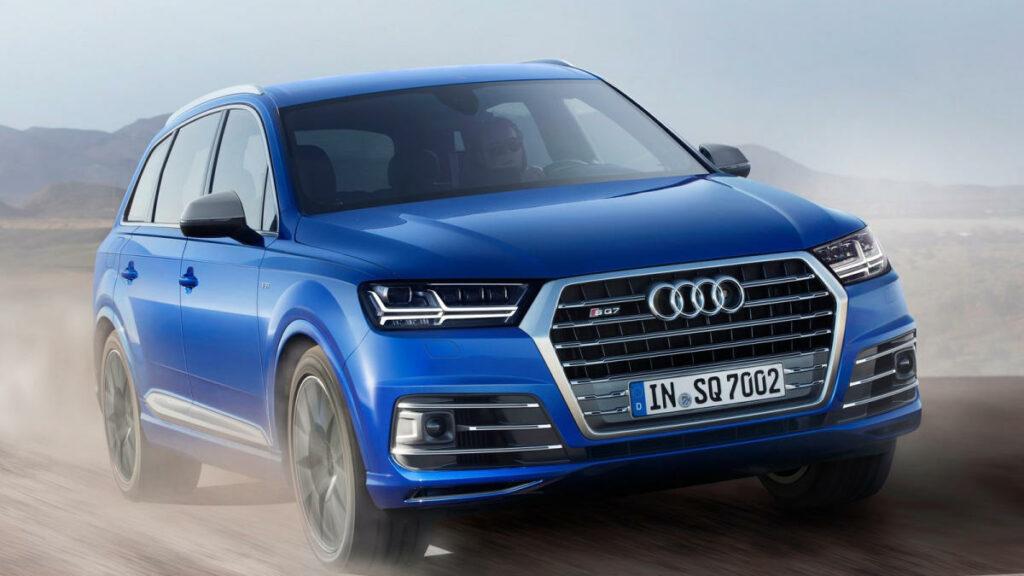 Sin embargo, este Audi pasará a la historia por ser el primer automóvil en incorporar una red eléctrica de 48 V y un compresor eléctrico para reducir el retraso en la respuesta de los turbos.
