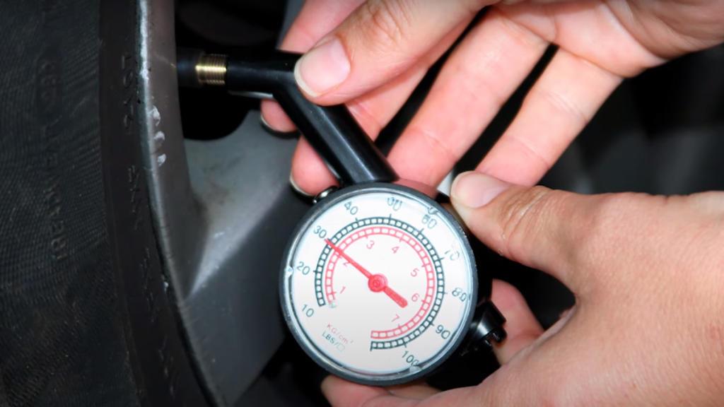 Manómetro medir presión neumáticos