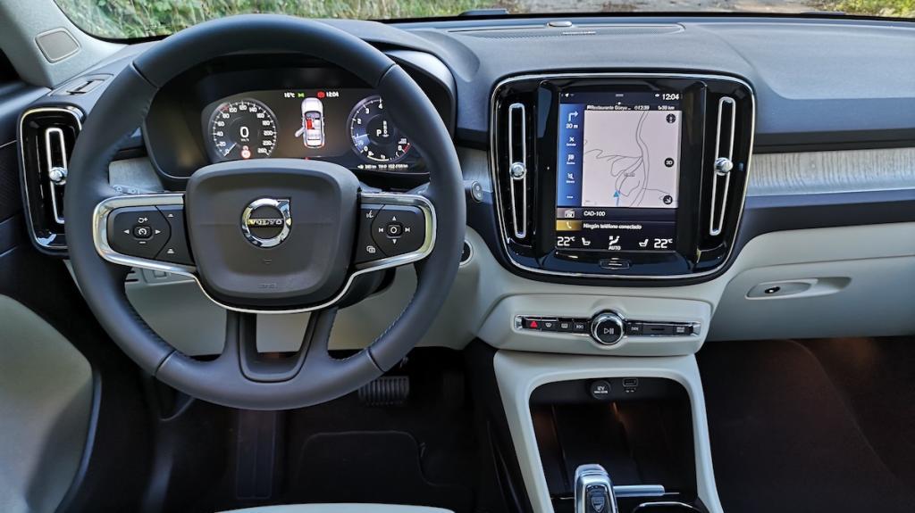 Volvo Xc40 T2 salpicadero