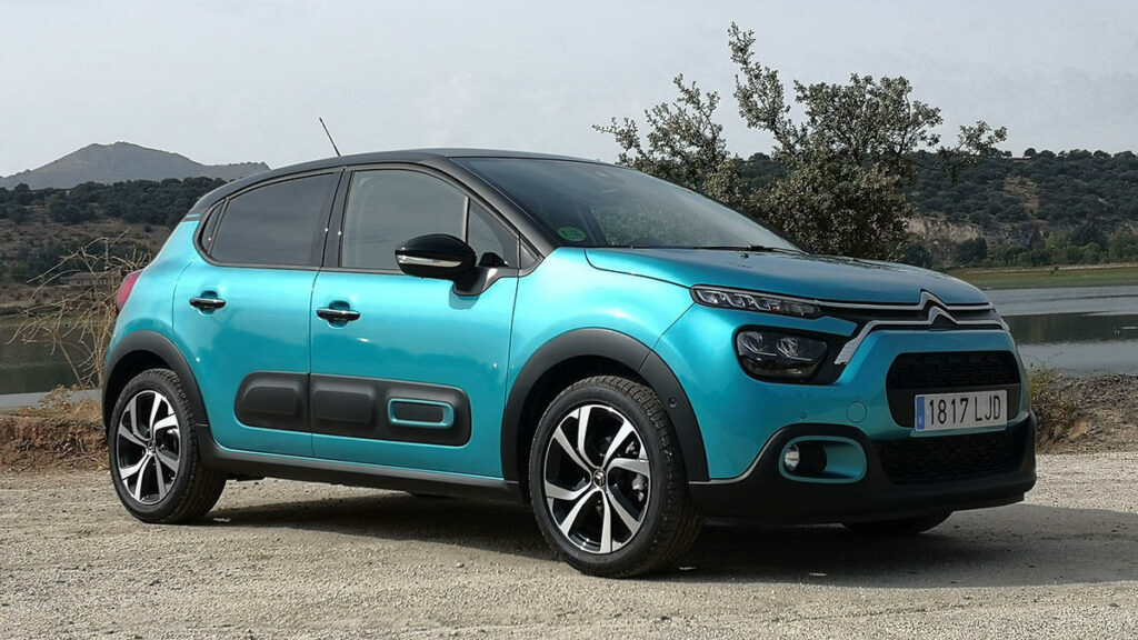 El Citroën C3 es un urbano diferente y original que brilla por relación precio-equipamiento y confort de marcha en el día a día.