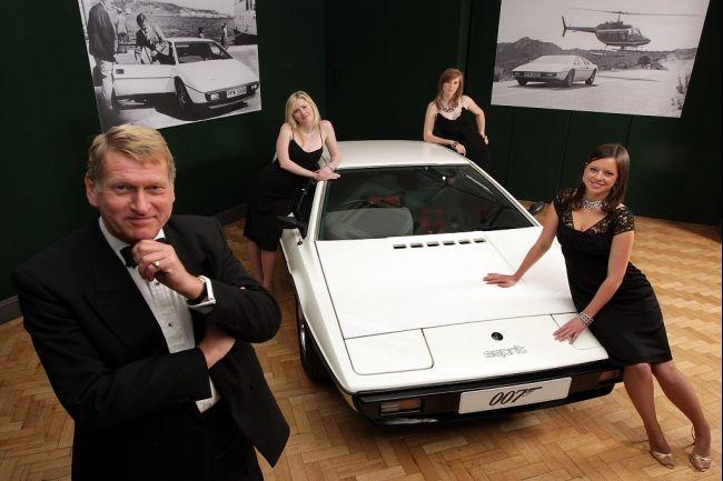 007 car auction 2012 01