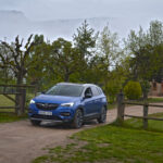 Masías, monasterios y un maravilloso camino. Territorio Opel Crossland