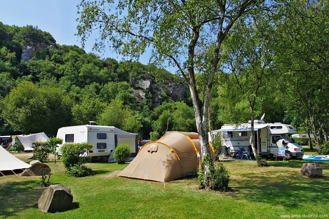 08emplacement camping01