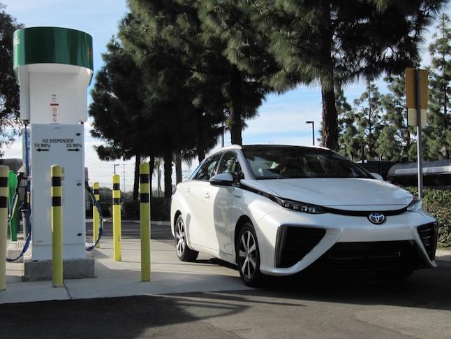 2016 toyota mirai hydrogen fuel cell car newport beach ca nov 2014100490084l