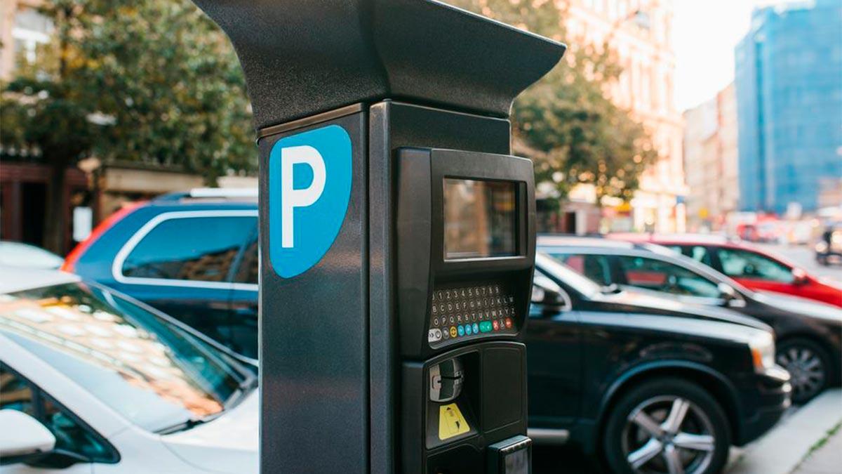 5e0dbec00de694ea4934941d coches sin etiqueta de la dgt en madrid asi les afectan las nuevas prohibiciones