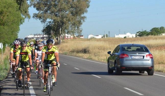 article guia como adelantar ciclista dgt 551555872dc31