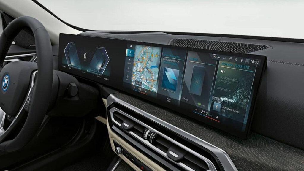 BMW I4 pantalla