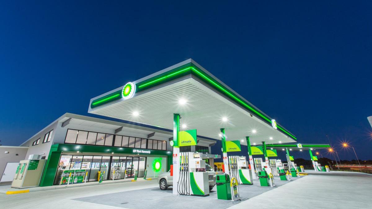 BP reposta gratis a los vehículos de la Cruz Roja