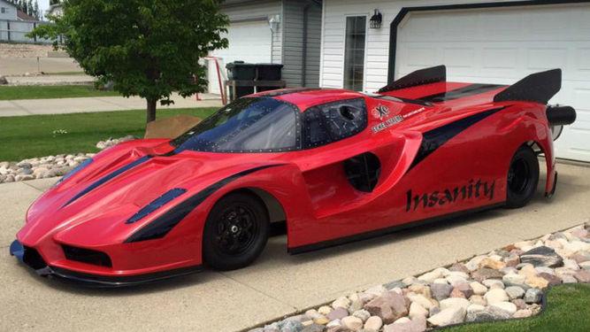 canadiense construye garaje coche