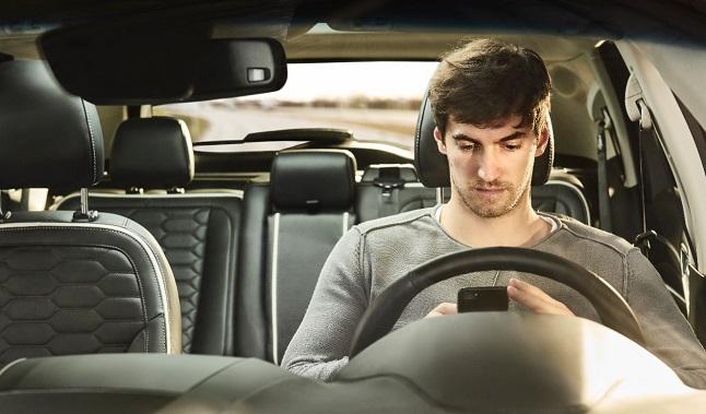 conductores jovenes coches paternos