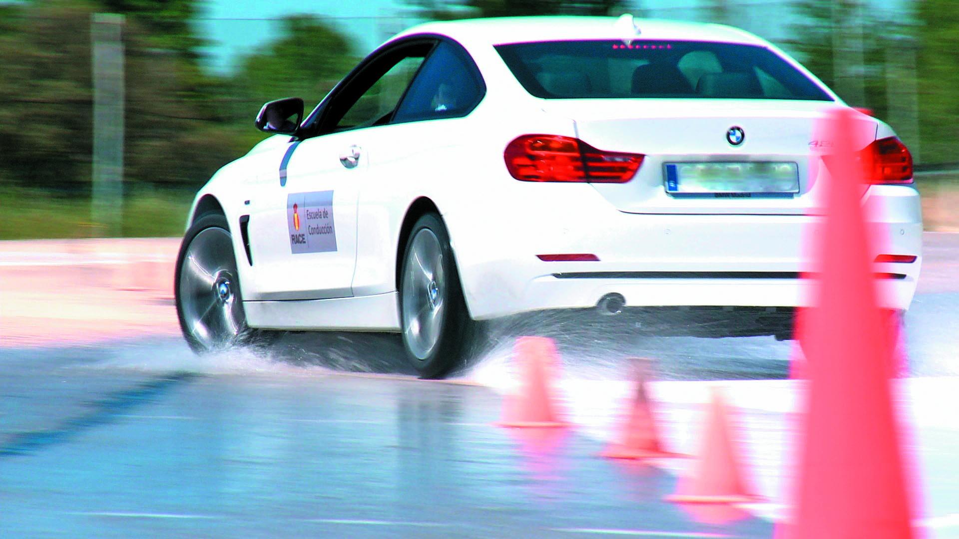 ¿Interesan los cursos de perfeccionamiento de la conducción?
