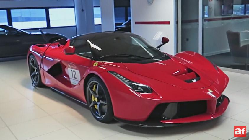 ¿Quieres vivir la experiencia de compra de un Ferrari?