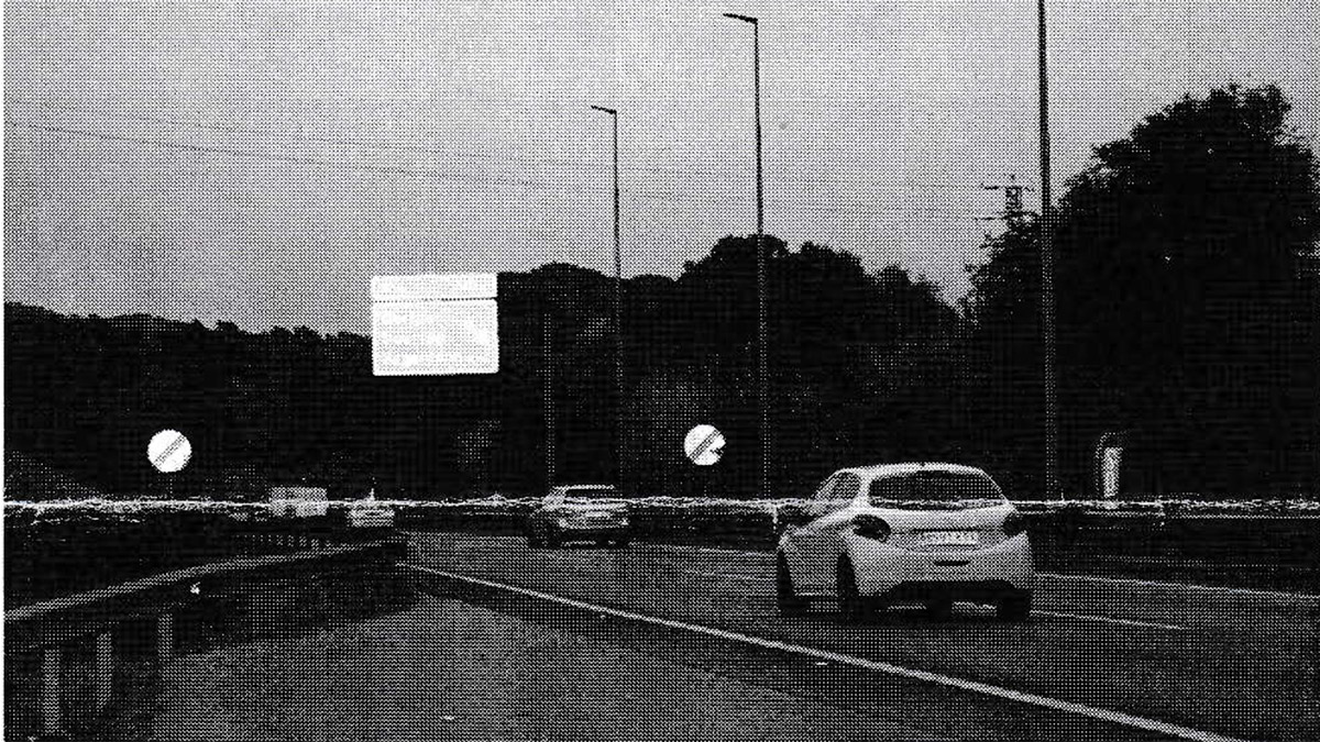 ¿Se puede recurrir con éxito una multa si aparece otro coche en la fotografía del radar?