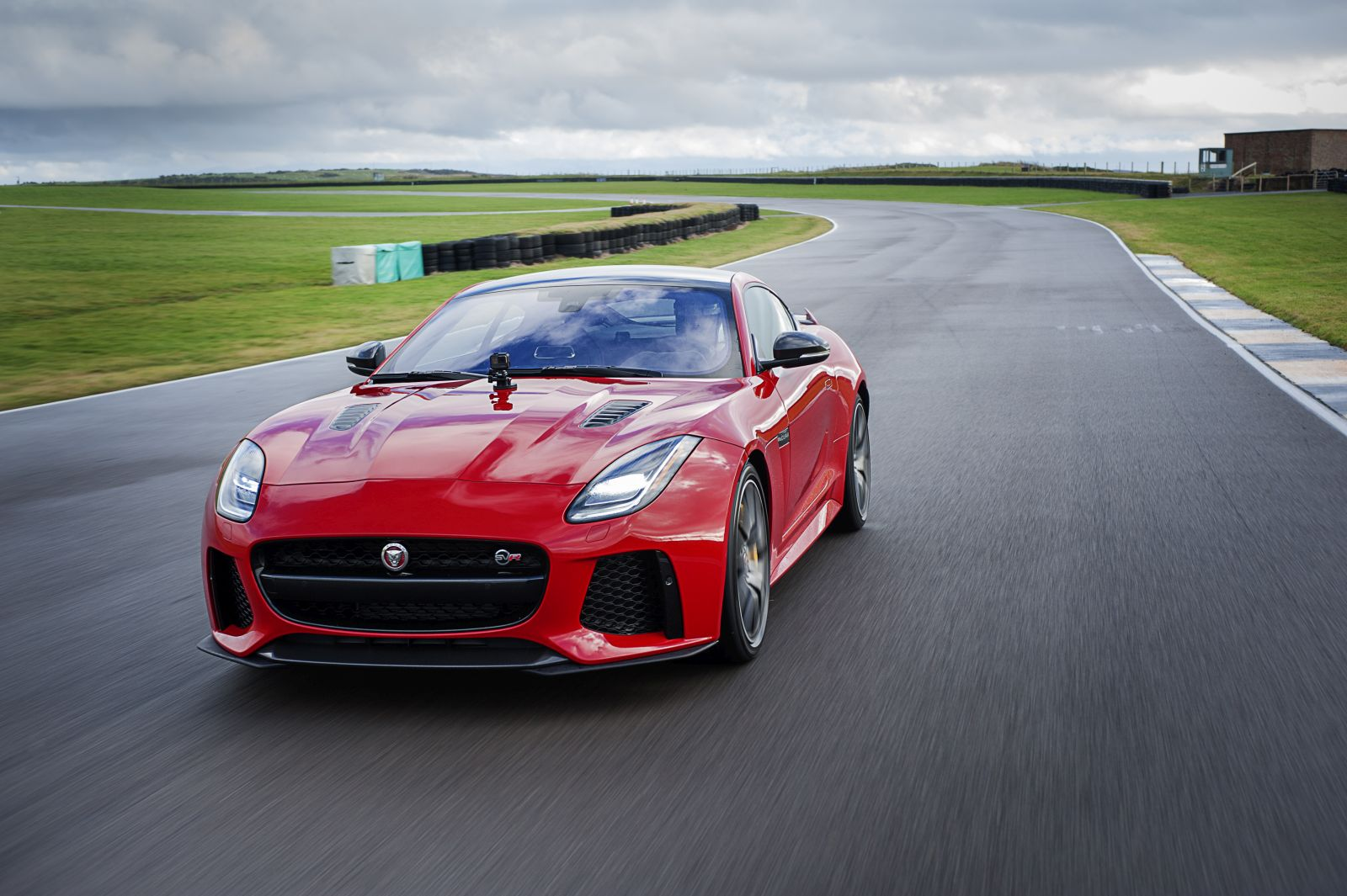 jaguarf type201704 1