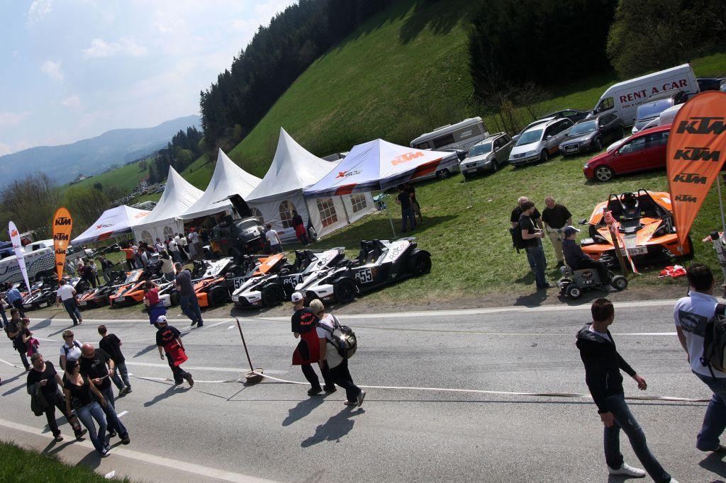 El KTM X-Bow Hillclimb Trophy empieza gas a fondo