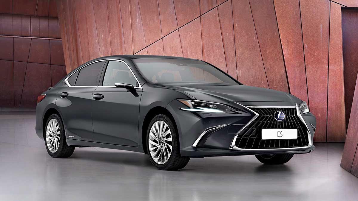 Nuevo Lexus ES restyling 2021: la berlina nipona se vuelve más tecnológica