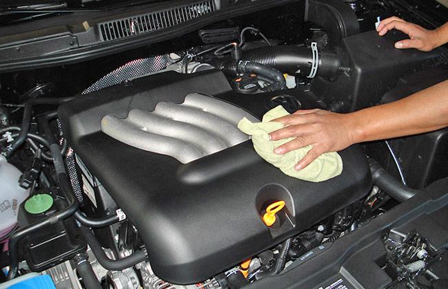 limpiando motor