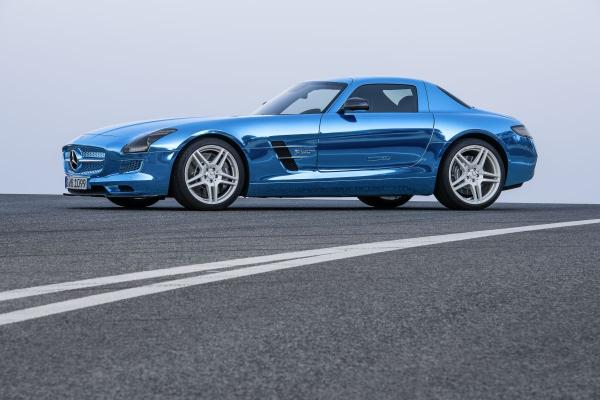 mercedes sls amg coupe electric drive 1