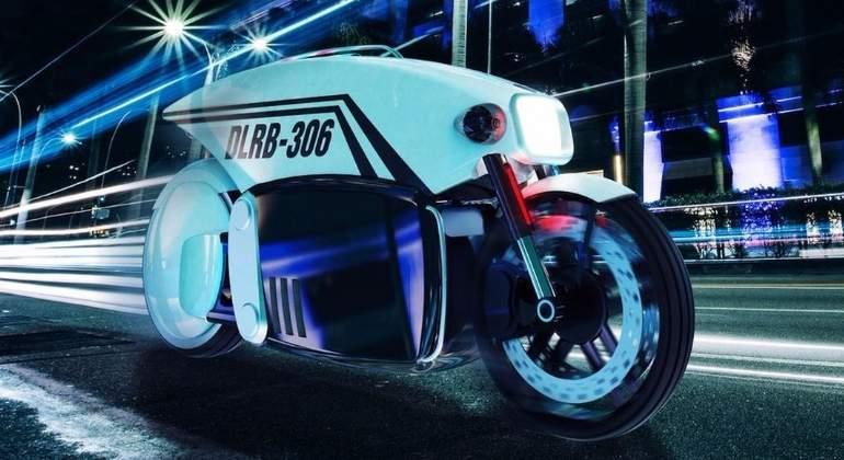 La moto autónoma que pone multas