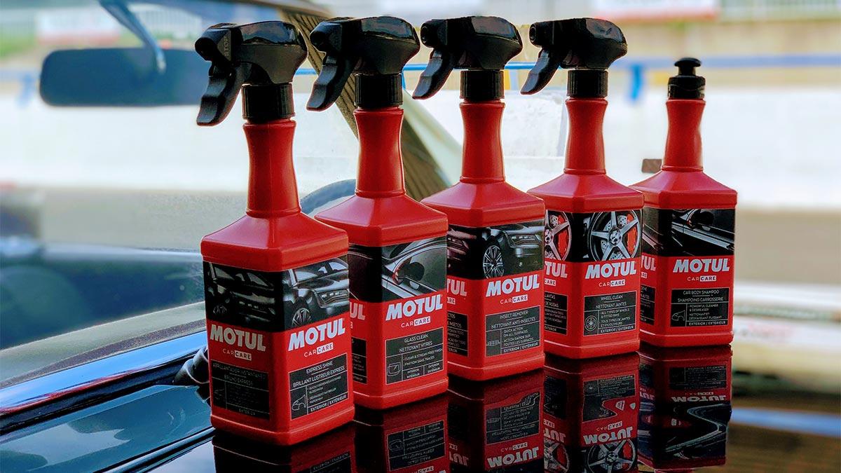 Motul lanza una gama de productos y accesorios dedicados a la limpieza y el cuidado del coche