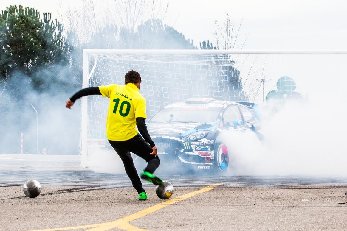 ¿Coches o fútbol? Ken Block y Neymar se retan