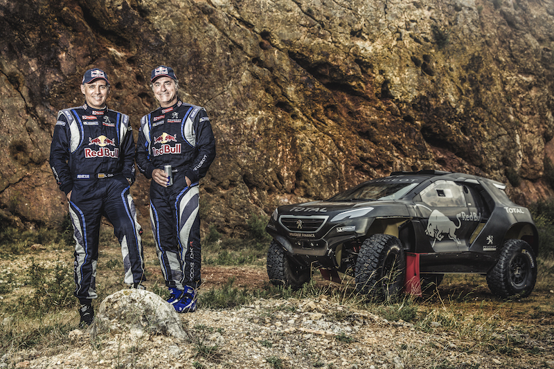 Carlos Sainz: «Vamos para intentar ganar; si no, no iríamos al Dakar»