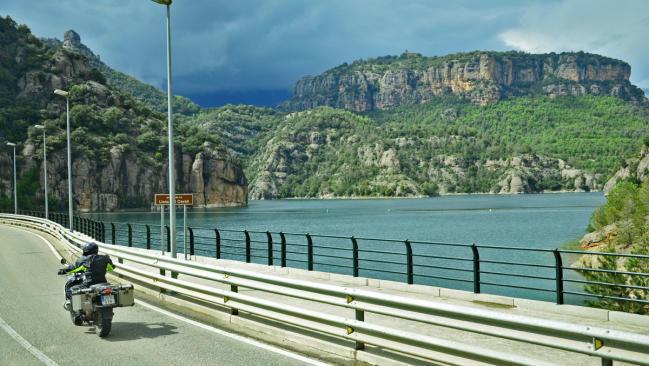 Lleida Mototurisme: en moto por los lagos de Lleida