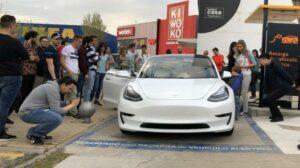 Fotos del Tesla Model 3 en Madrid