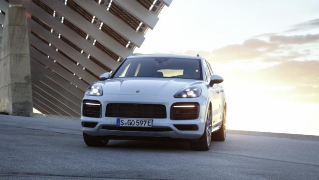 Porsche Cayenne E-Hybrid: llega el híbrido enchufable