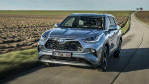 Fotos: Primera prueba del Toyota Highlander 2021