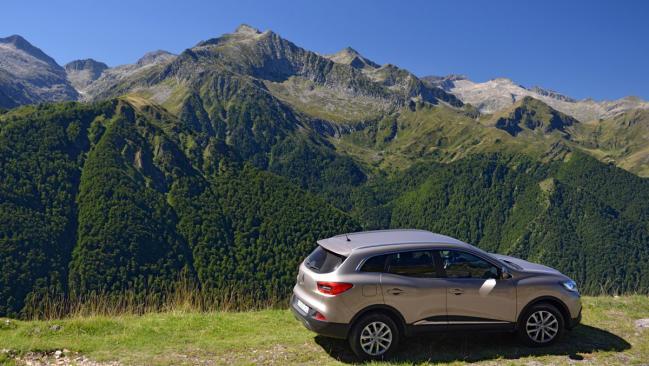 Tour de Francia: la montaña pone el paisaje y nuestro coche la potencia