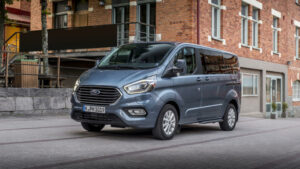 Fotos del Ford Tourneo Custom PHEV