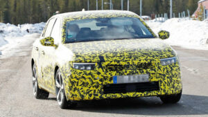 Nuevas fotos espía del Opel Astra 2022