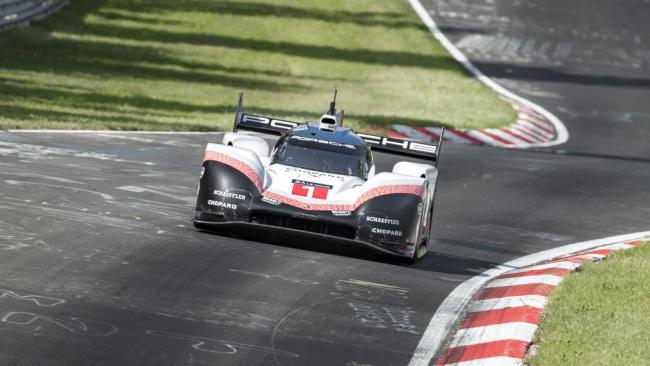 El Porsche 919 Hybrid pulveriza el récord de Nürburgring: ¡una vuelta en 5:19.55!