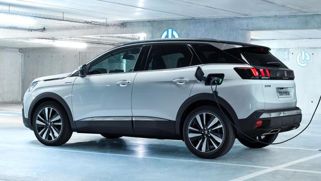 Peugeot estrena dos motores híbridos enchufables